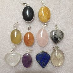 Assorted Pendants - 10pc - Assorted Crystals
